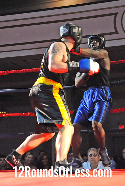 Bout # 9 Mike Adams(West Side BC-Wickliffe, OH)-vs-Eugene Scott(Bad to the Bone-Akron, OH) Hvy Wt
