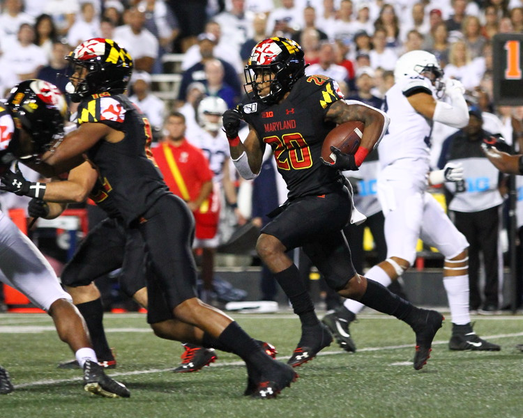 Maryland RB #20 Javon Leake rushes with the ball