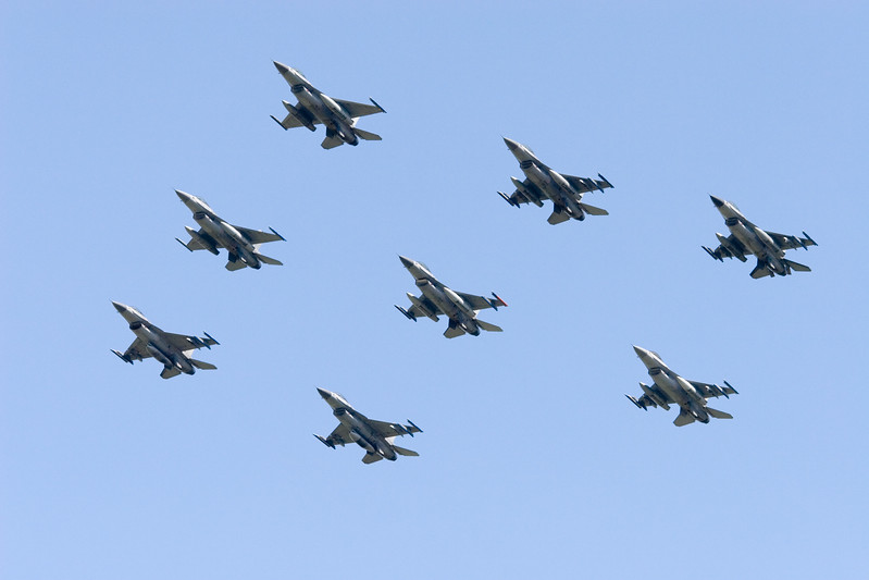 Fly-by F-16's. Royal Netherlands Air Force.