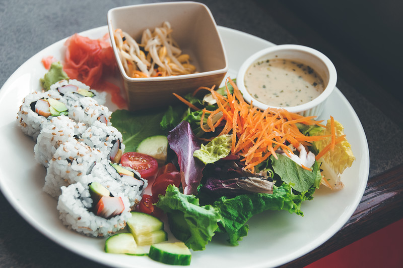 California Roll & Lan Salad