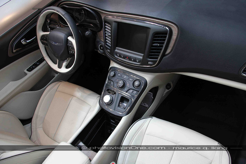 Interior of 200 is a cut above the competition.  Note the floating console.