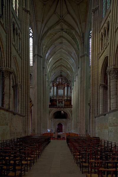 Saint-Quentin Basilica Choir, Nave and Organ Loft