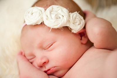 Della Rose Newborn