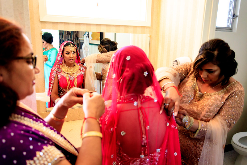 Neelam_and_Matt_Gurdwara_Wedding-1189.jpg