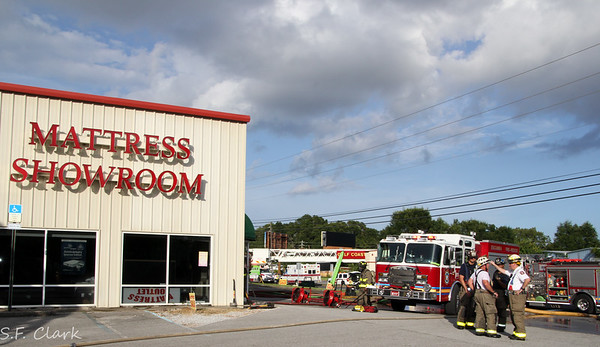 Escambia County Mattress Store Fire on Fairfield Dr.