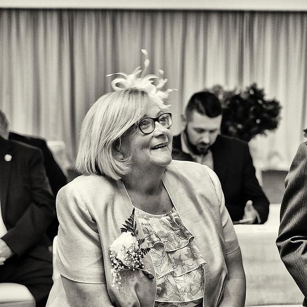Lauren and Simon's wedding day.
