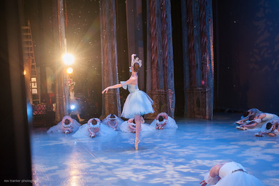 IBT's Nutcracker - Act I  (Mixed cast, Battle, Snow )
