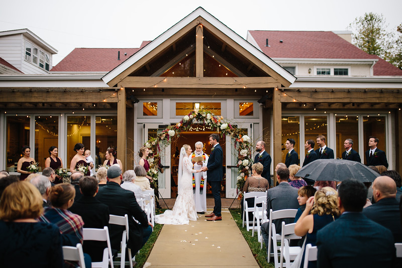 katelyn_and_ethan_peoples_light_wedding_image-297.jpg