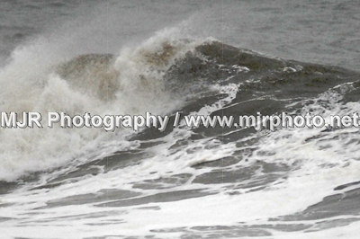 Surfing, L. B., NY, (11-23-06)