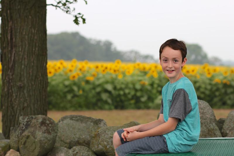 FamilySunflowers_ 27.jpg