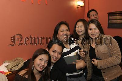 Philipino Community enjoy their Christmass Party, 06W01N52