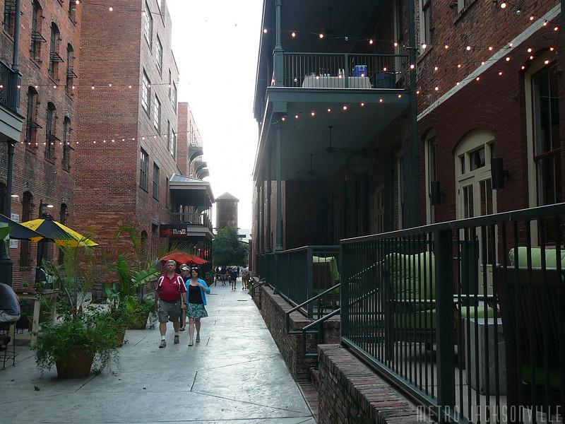Montgomery - The Alley.jpg