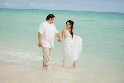 Robert and Autumn beach wedding ceremony and reception in Golden Grove, Freeport Bahamas