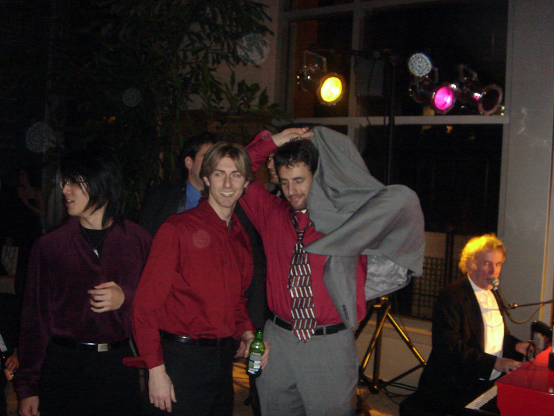 Holiday-Party-2005-26.JPG