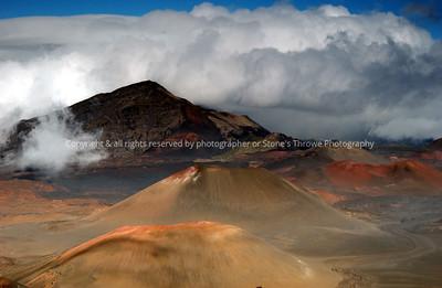 019-volcano-maui_hi-22jan05-0315