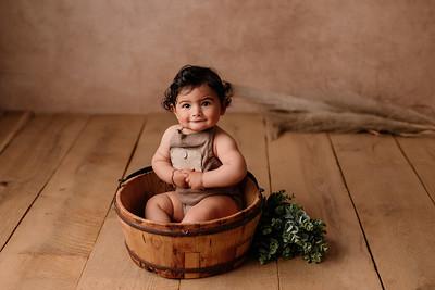 Akim • Baby