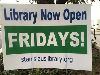 Modesto (CA) public Library