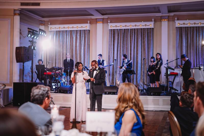 Montreal Wedding Photographer | Wedding Photography + Videography | Ritz Carlton Montreal | Lindsay Muciy Photography Video |2018_824.jpg