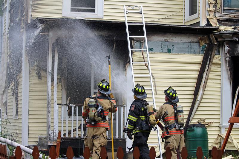 amesbury, ma fire 123.jpg