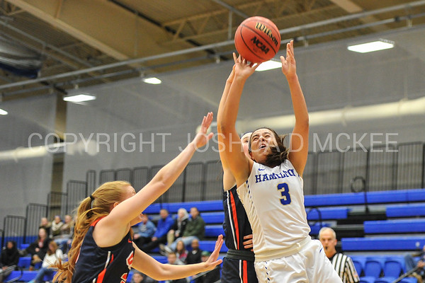 Women's Basketball v Utica College 11-27-17