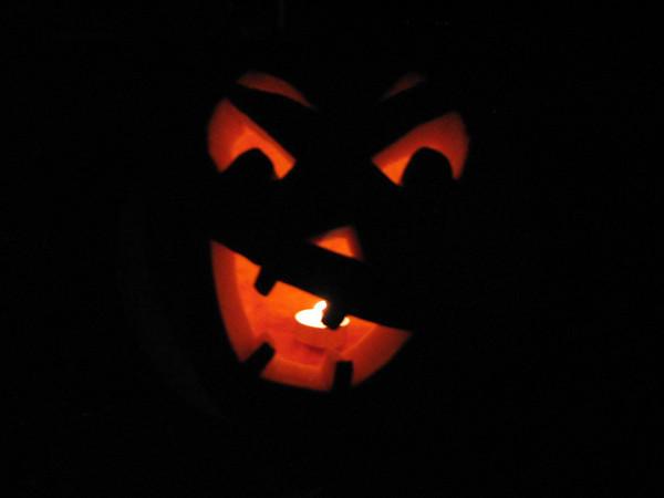 Halloween Night w/the Neighbors