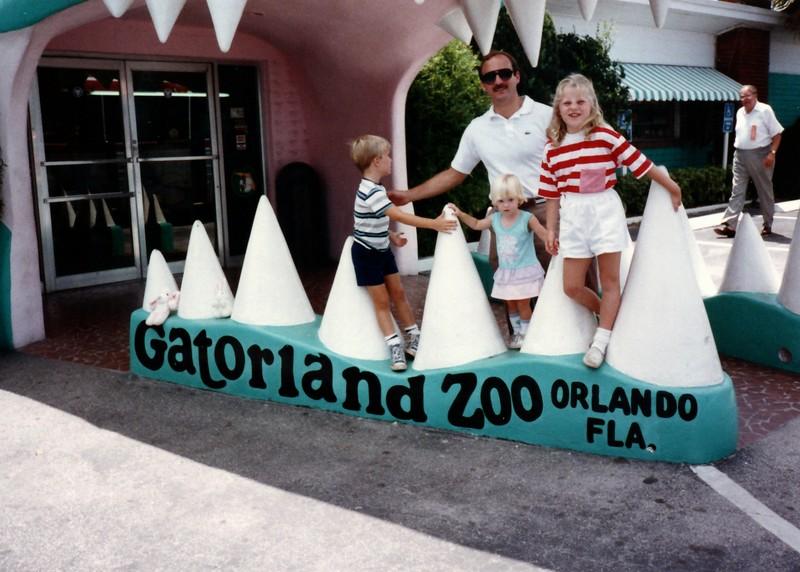 1989_May_Gatorland_Zoo_and_Sea_World_0008_a.jpg