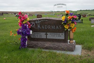 2014-06-02 Kadrmas graves