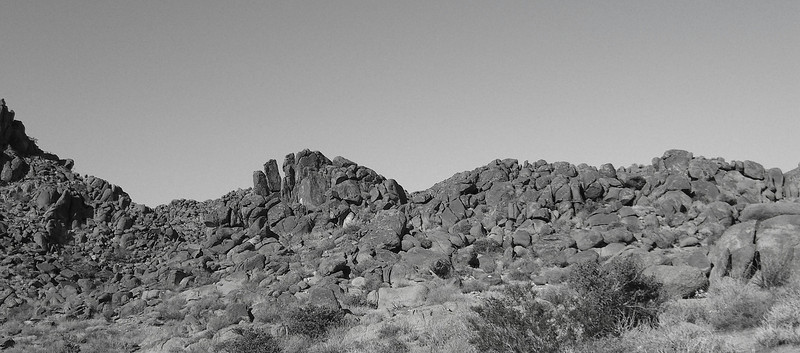 bandw rocks.jpg