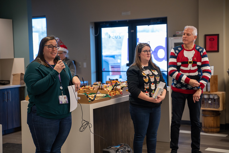 Resource Group Holiday Party 2019-00629.jpg