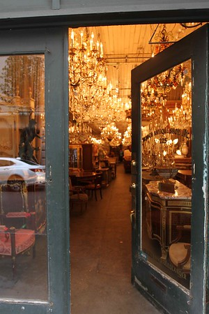 FRENCH ANTIQUES WINDOW SHOPPING