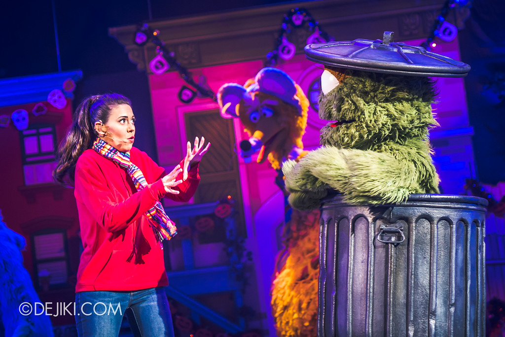 Halloween Horror Nights 7 Before Dark 2 Preview Update / New Show at Pantages Hollywood Theatre - Trick or Treat with Sesame Street - Grover hears story of Pumpkin Jack