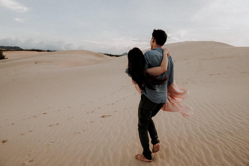 T&C   Sand Dunes Elopement Wedding in Phan Rang