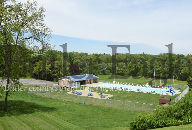 Harold Aughton/Butler Eagle: Armco pool