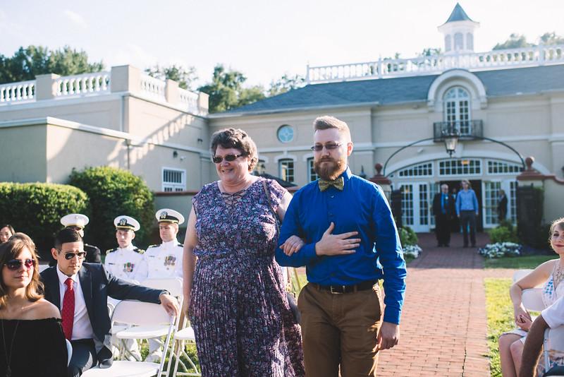 Philadelphia Wedding Photographer - Bernreuther-345.jpg