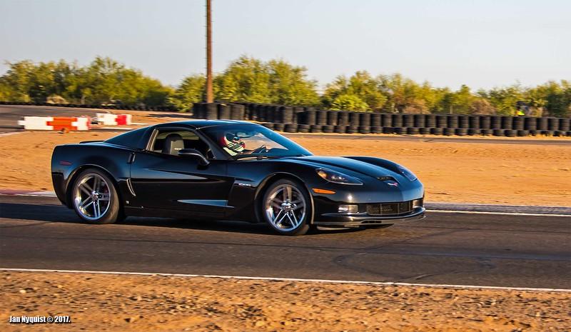 Corvette-black-5009.jpg
