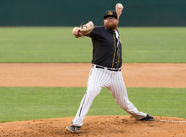 08/13/19 Wesley Bunnell | Staff the New Britain Bees vs the High Point Rockers at New Britain Stadium on Tuesday August 13, 2019. Pitcher David Roseboom (25).
