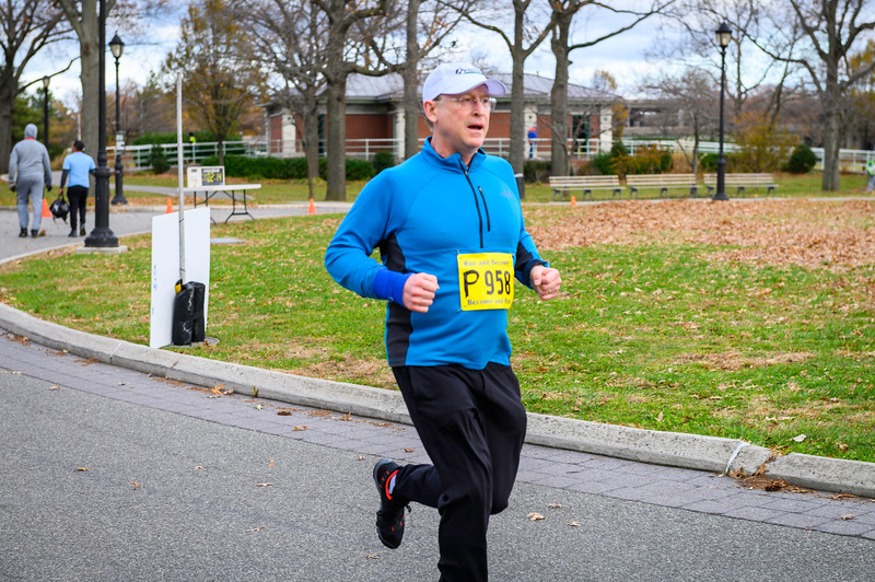 20191128_Thanksgiving Day 5K & 10K_292.jpg