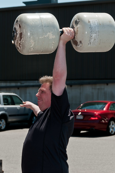 TPS Strongman Day 6-4-2011__ERF3287.jpg