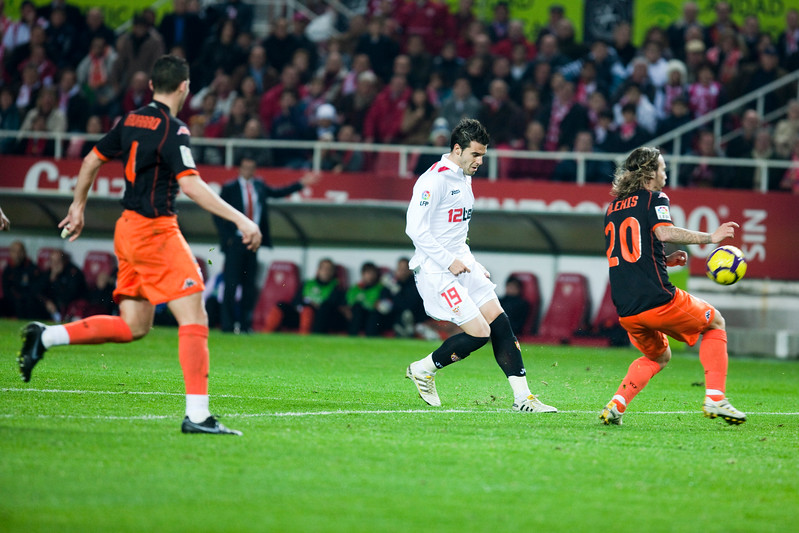 Negredo scoring a goal. Spanish Liga game between Sevilla FC and Valencia CF. Sanchez Pizjuan stadium, Seville, Spain, 31 January 2010