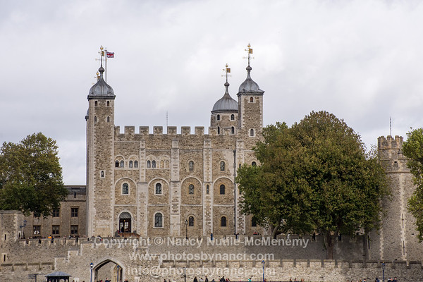Tower of London and Thames River
