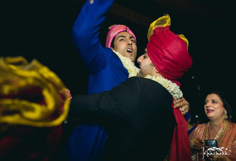 best-candid-wedding-photography-delhi-india-khachakk-studios_50.jpg
