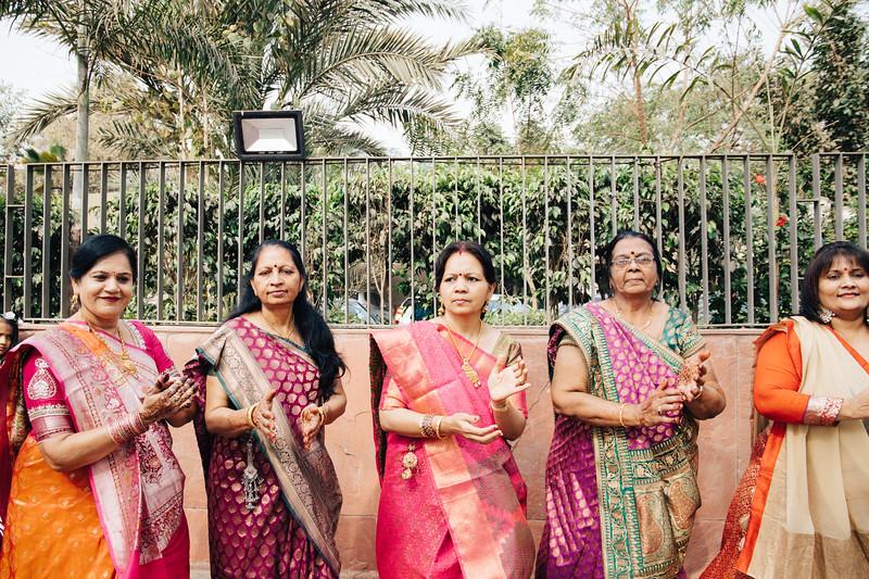 Poojan + Aneri - Wedding Day EOSR Card 1-0644.jpg