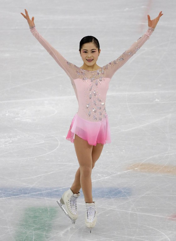 . Satoko Miyahara, of Japan receives applause after her performance in the ladies single figure skating short program in the Gangneung Ice Arena at the 2018 Winter Olympics in Gangneung, South Korea, Sunday, Feb. 11, 2018. (AP Photo/David J. Phillip)