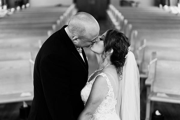Christina and Robby's wedding at Thunderbird Chapel in Norman Oklahoma