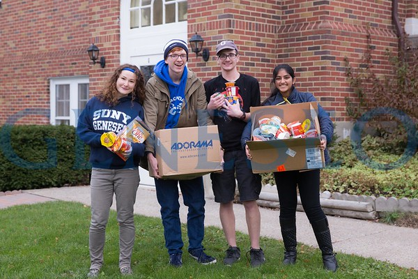 Food Security Advocates (FSA) Deliver to Food Pantry