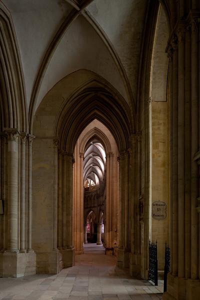 Coutances, Notre-Dame Cathedral Ambulatory Aisle