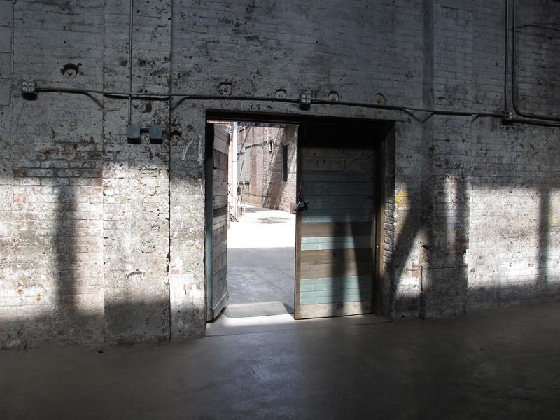 08-AREA-3-DOOR-TO-COURTYARD.jpg