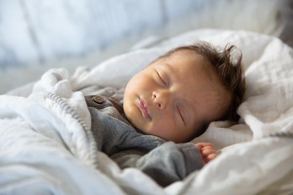Ellis newborn