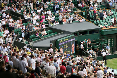 Murray v Warwinka - Mens 4th Round Wimbledon (June 2009)