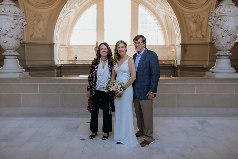2018-10-04_ROEDER_EdMeredith_SFcityhall_Wedding_CARD1_0096.jpg